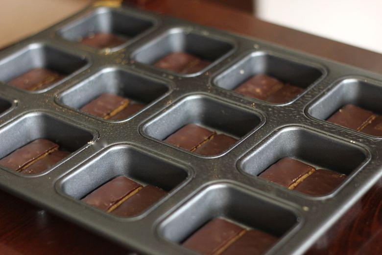 Triple Layer Brownie Pan